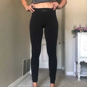 Lululemon High Rise Brushed Luon Run Tight size 8
